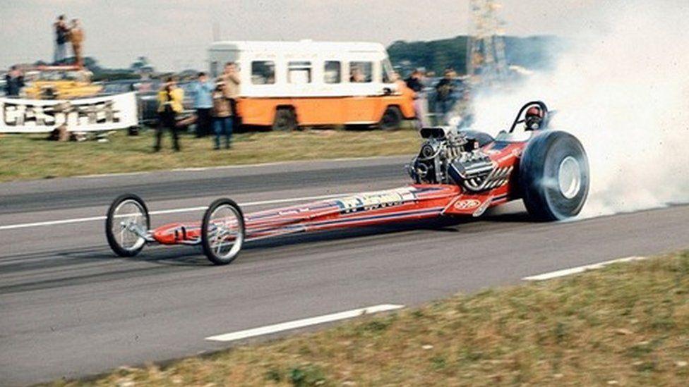 _88686096_kl_priddle---snetterton---1975.jpg