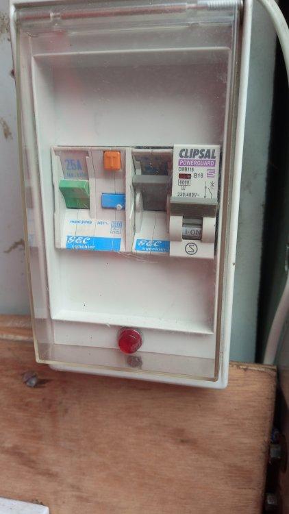 970091670_device2.thumb.jpg.bc89b10888d4ca9139a3e1f3377e00a7.jpg